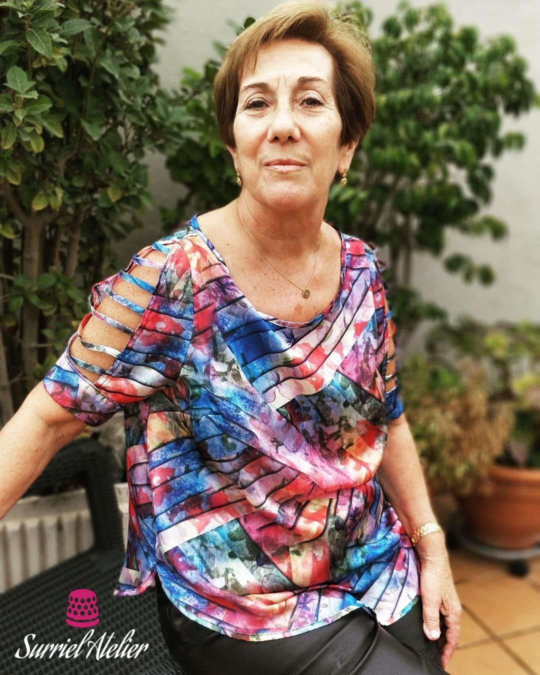 Modista Barcelona: confección a medida top multicolor